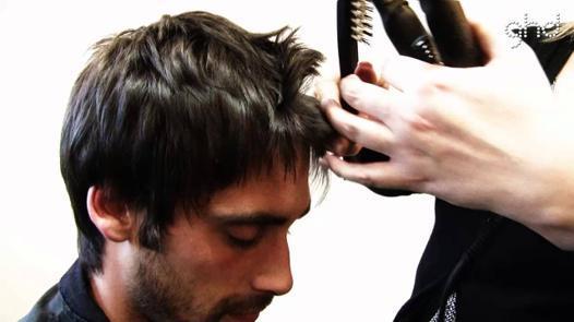 avoir cheveux lisse homme