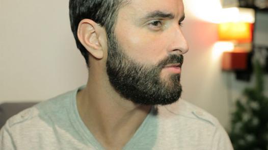 barbe joue