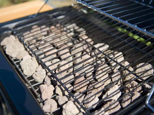 barbecue a gaz pierre de lave
