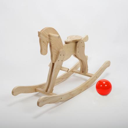 cheval bascule en bois