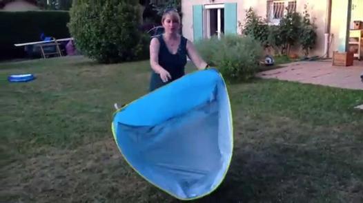 comment plier une tente de plage