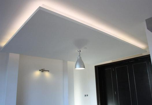 eclairage plafond suspendu design