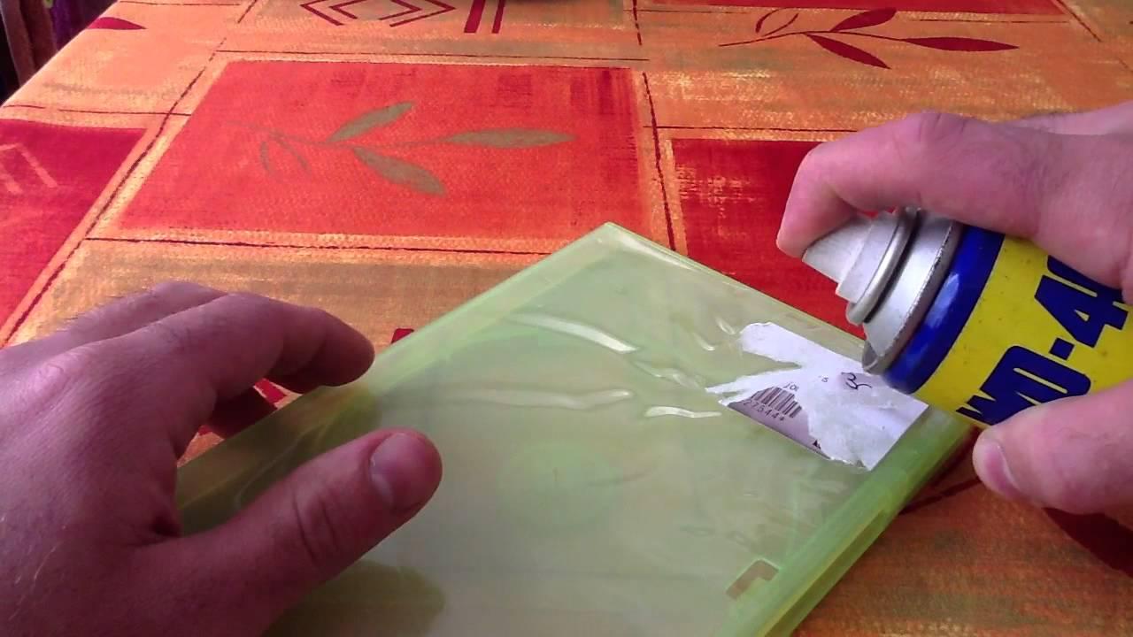 enlever colle sur plastique transparent