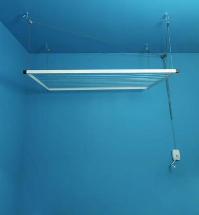 étendoir à linge plafond