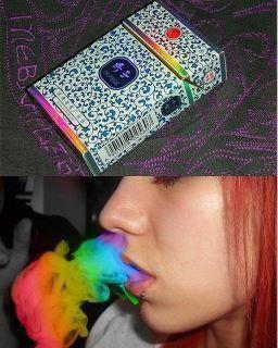 fumée de cigarette multicolore