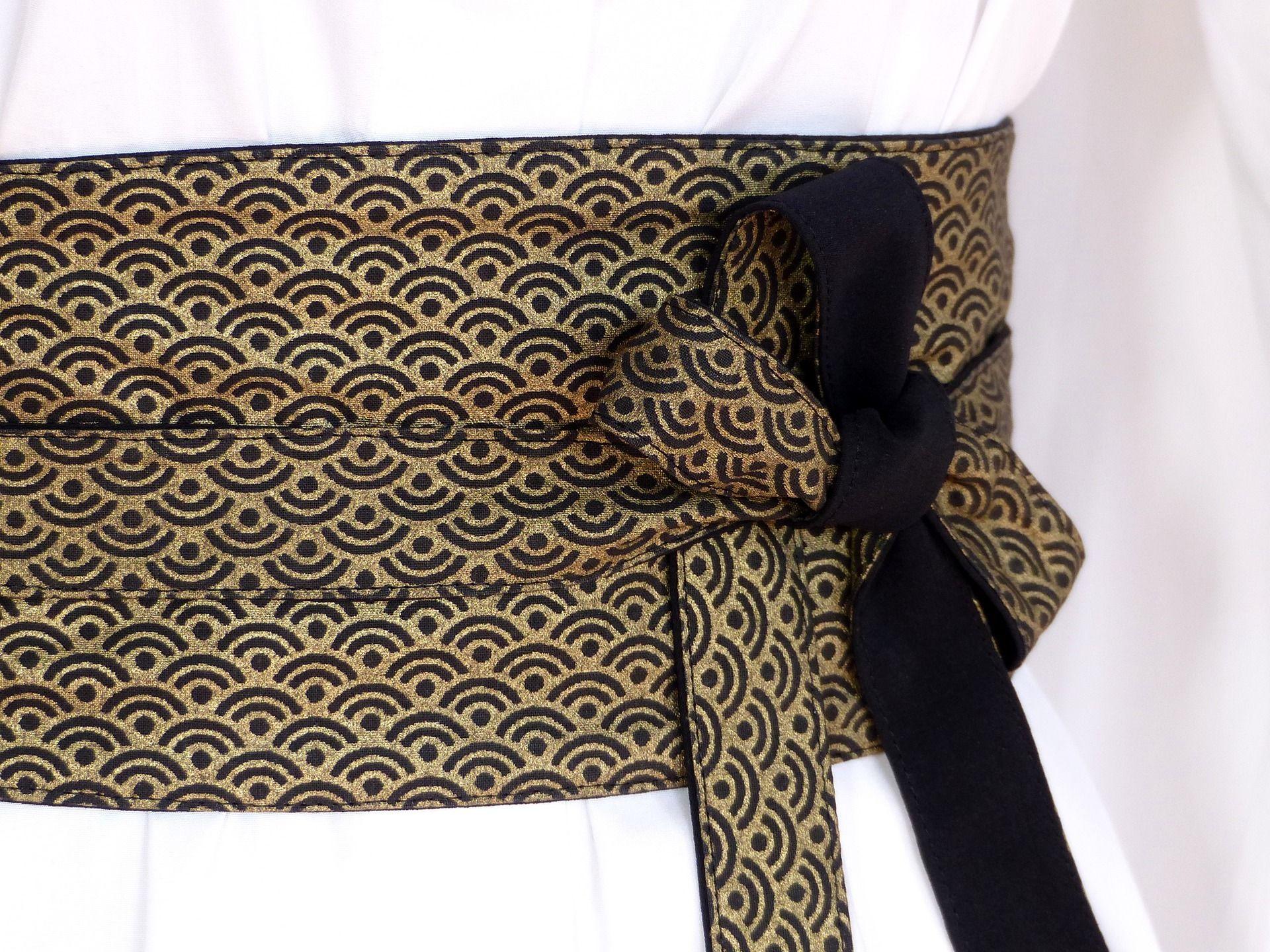 longue ceinture en soie des japonais