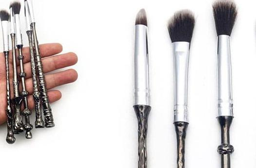 pinceau maquillage harry potter