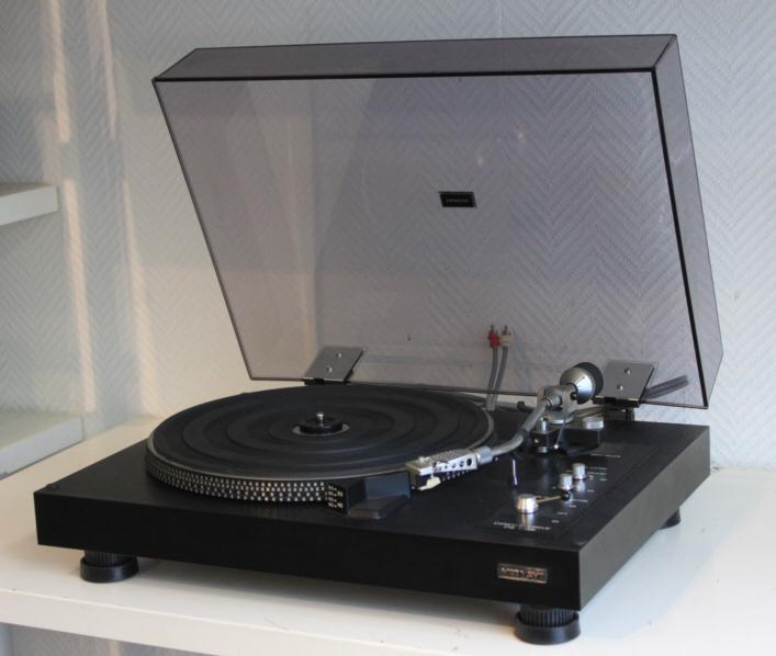 platine vinyle hitachi