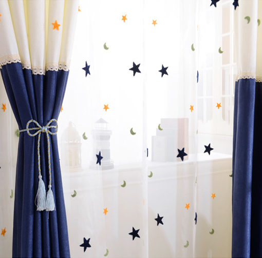 rideau bleu marine et blanc