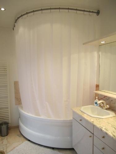 rideau douche pour baignoire d angle