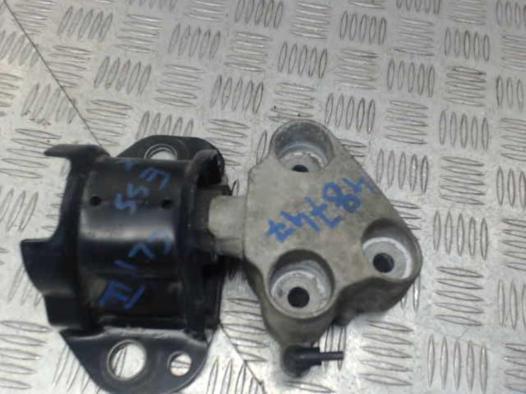 support moteur clio 2