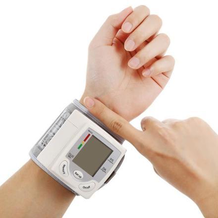 tensiometre poignet