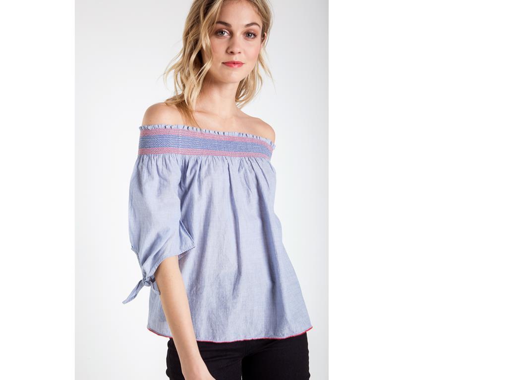 blouse epaule dénudée