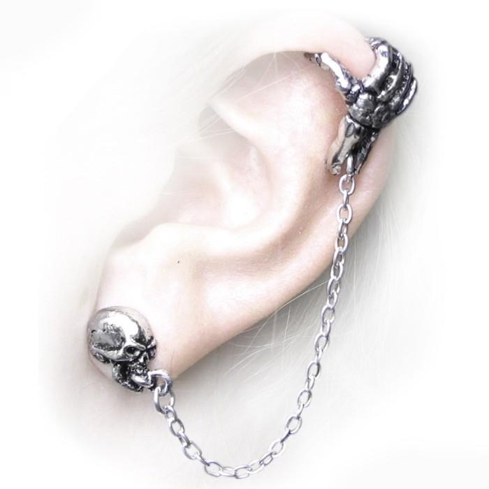 boucle d'oreille gothique