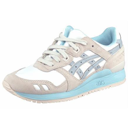 chaussure de sport asics