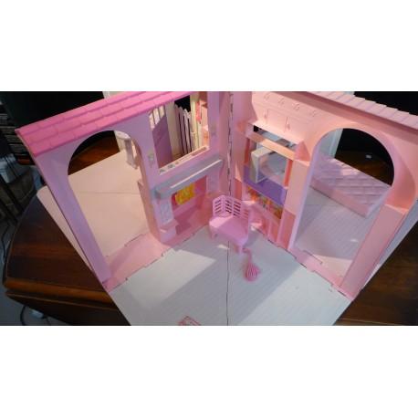 maison barbie pliable