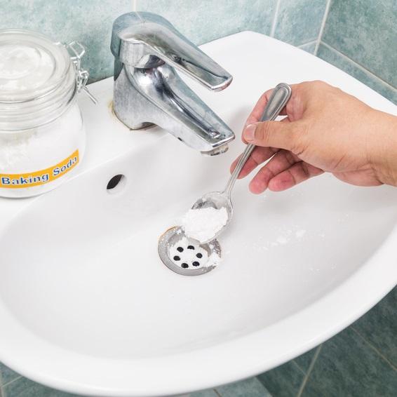 odeurs canalisations salle de bain