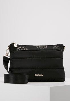 sac desigual noir